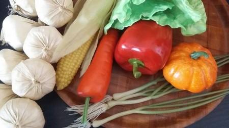 Műanyag zöldségek