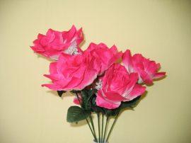 Rózsacsokor 7 virággal pink (mű)