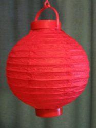 Lampion rizspapírból LED-el, 20 cm piros  elemmel