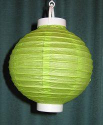 Lampion rizspapírból LED-el, 20 cm zöld  elemmel