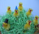 Húsvéti csibe, zsenília, kalappal 6 cm magas