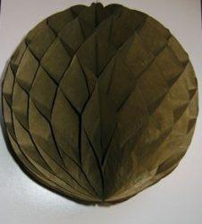 Darázsfészkes gömb, papír 30 cm keki