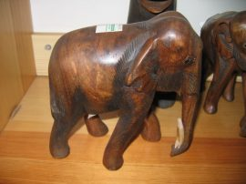 Elefánt 17 cm, barna
