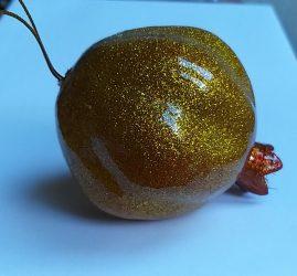 Dísz gránátalma halogén csillogásban 7,5 cm arany