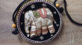 Elefántos flitteres kistáska