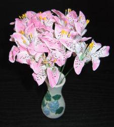 Mini csokros tigris liliom  13 cm  (mű)